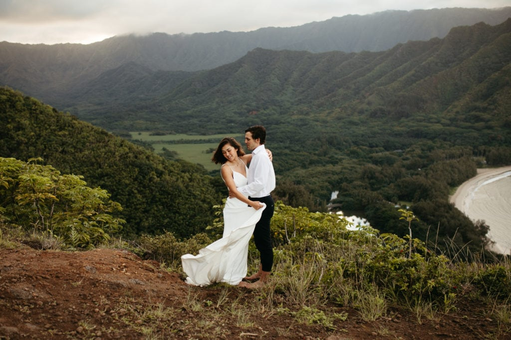 bride and groom on Hawaii mountain